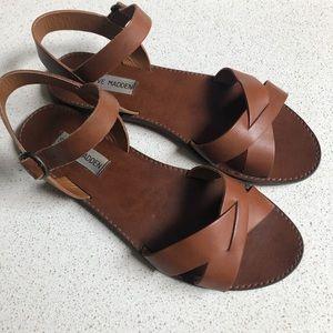 Steve Madden sandals! 👡
